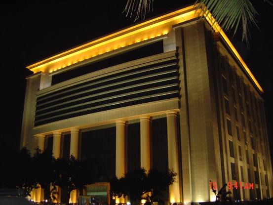 办公大楼泛光灯工程